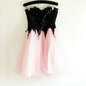 🌿Strapless Sweetheart Neckline Prom Dress S